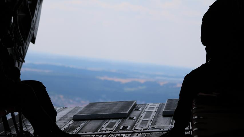 Blick aus der Heck-Luke des Chinook