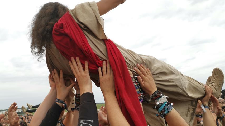 Jesus beim Crowdsurfen, Party am Zeltplatz: So war das Summer Breeze
