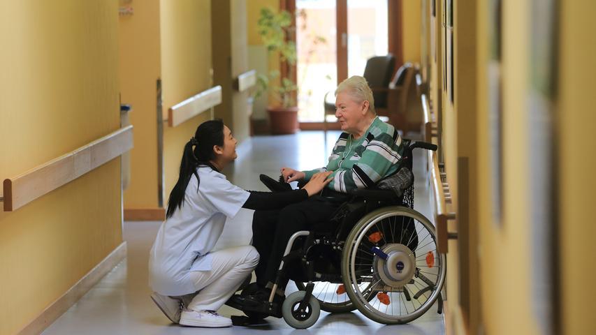 Mit 86 Prozent trudeln die Altenpfleger und Altenpflegerinnen auf Rang 4 ein und verpassen nur knapp das Treppchen.