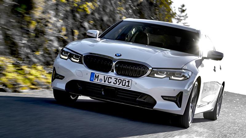 BMW 320d: Als Antriebsquelle nutzt er einen Zweiliter-Vierzylinder-Diesel mit 140 kW (190 PS).