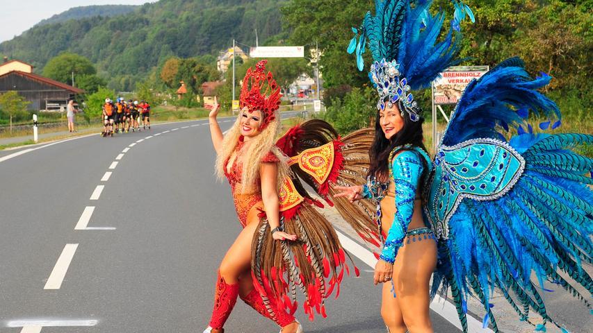 Samba, Spaß und viele Becher: Impressionen vom Fränkische Schweiz Marathon