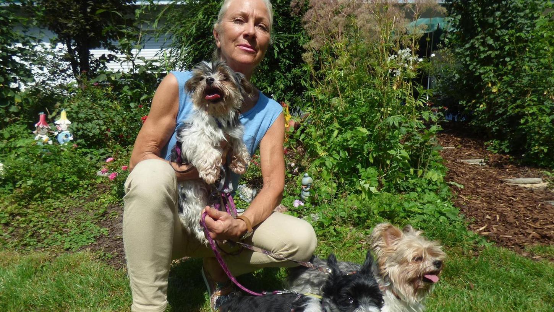 Bei der Tierhilfe in Betzenstein kümmert sich Carmen Baur um das Schicksal von Max, Moritz und Mausi.