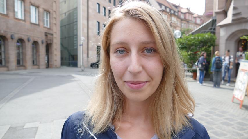 Maureen arbeitet bei Greenovative, Mittelfrankens größtem Photovoltaikanbieter. Die 25-Jährige fühlt sich in Sachen Rente gut gewappnet: