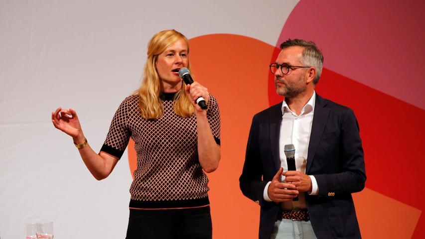 RESSORT: Lokales..DATUM: 05.10.18..FOTO: Michael Matejka ..MOTIV: SPD Kleine Meistersingerhalle / Christina Kampmann und Michael Roth..ANZAHL: 1 von x..
