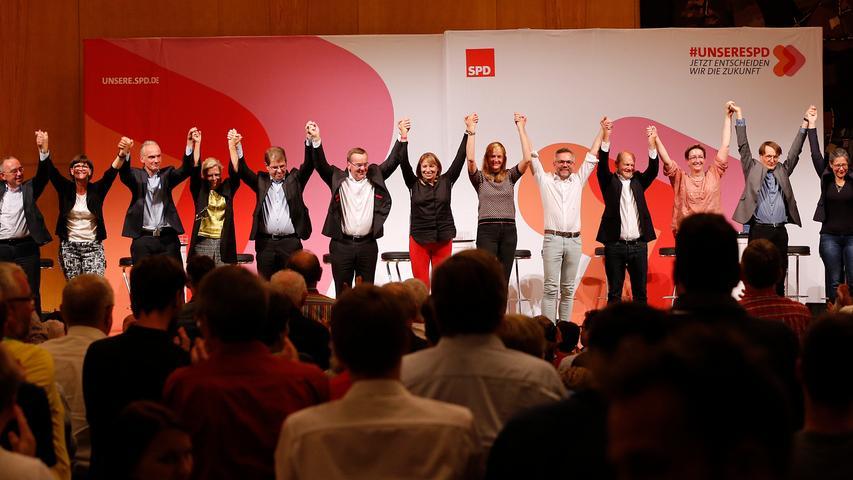 SPD-Treffen in Nürnberg: Kandidaten für Vorsitz stellen sich der Basis