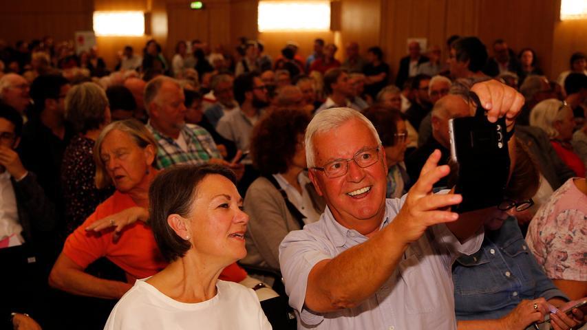 RESSORT: Lokales..DATUM: 05.10.18..FOTO: Michael Matejka ..MOTIV: SPD Kleine Meistersingerhalle..ANZAHL: 1 von x..
