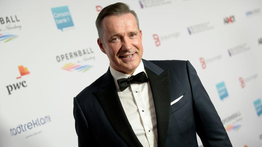 Tauschte die Kochlöffel gegen den feinen Zwirn: Frankens TV-Koch Alexander Herrmann.
