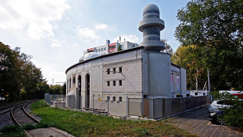 Der Rohbau steht: So sieht die Moschee derzeit aus.