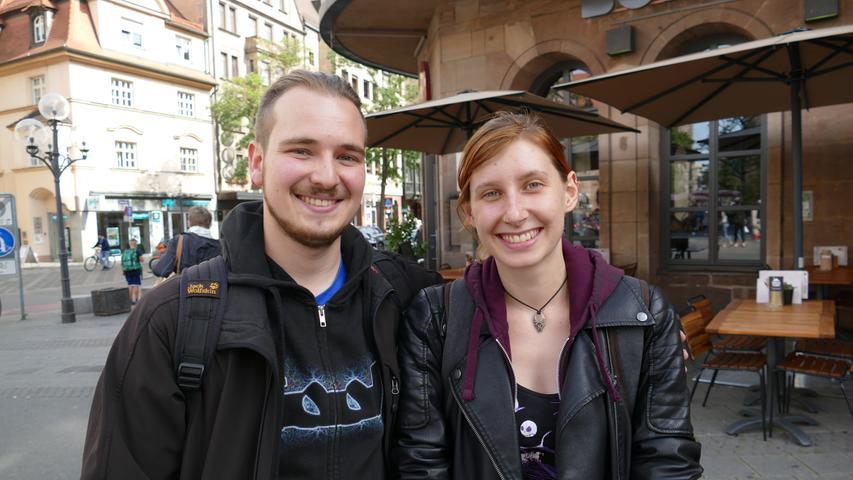Rene Holzberger und Lisa Uhlenbrock sind mit der Politik unzufrieden: