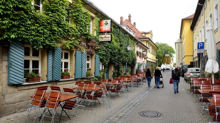 Durch die Theaterstraße geht´s zum Markgrafentheater.