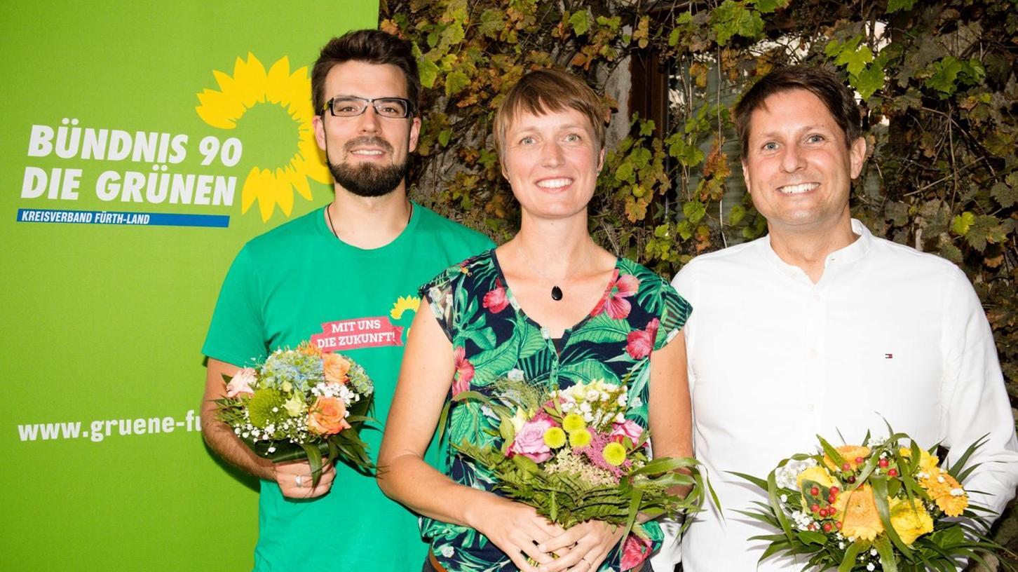 Der neugewählte Vorstand im Ortsverband der Grünen in Puschendorf (von rechts):  Jens Engelhardt und Anna-Lena Tsutsui als gleichberechtigte Vorsitzende und  Schriftführer Theo Widmann.