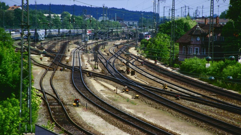 Ziehen mehr Menschen nach Treuchtlingen, wenn mehr Züge fahren? Diese und andere Forschungsfragen analysierte eine Gruppe Studenten aus München.