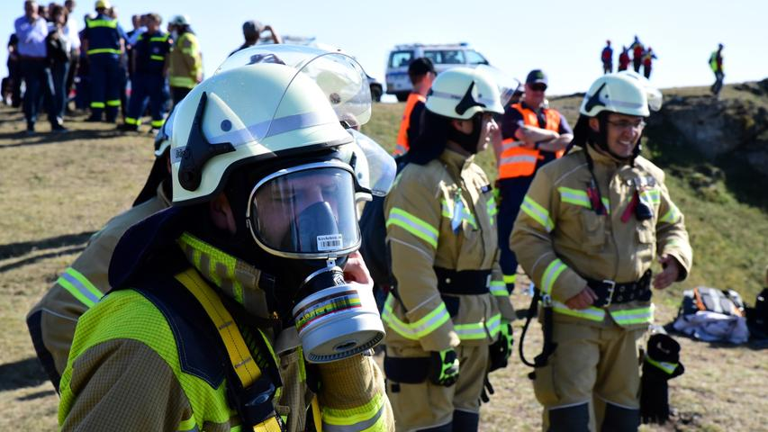 Spektakuläre Großübung der Feuerwehr am Walberla