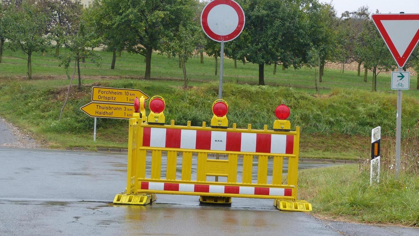 Mit der Vollsperrung haben die Autofahrer in der Fränkische Schweiz länger zu tun.