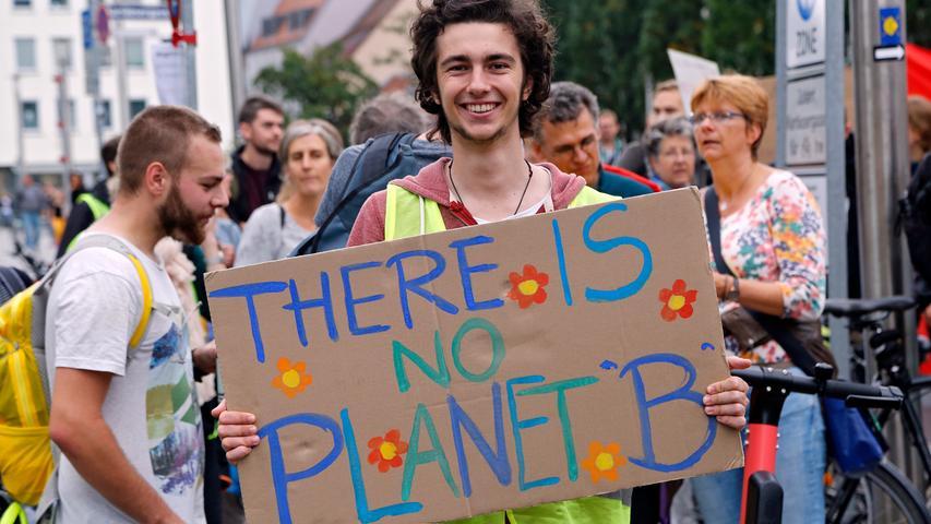 Sternmarsch fürs Klima: Fridays-for-Future-Bewegung demonstriert in Nürnberg