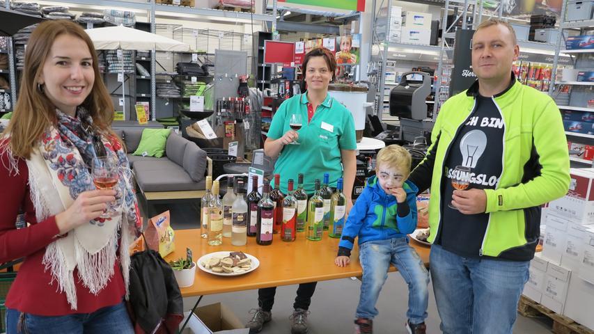 Frankenweine konnten die Besucher des Kulturherbst im BayWa Bau- Und Gartenmarkt probieren.