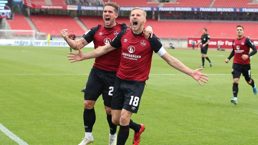 Mut wird auch belohnt. In diesem Fall mit dem verdienten 1:1 durch Hanno Behrens. Der 1. FC Nürnberg ist zurück und der Kapitän belohnt sich für eine couragierte Leistung.