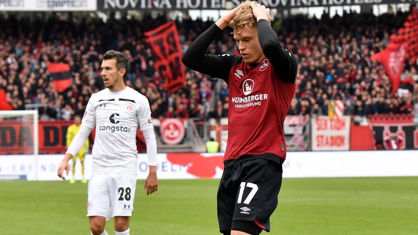 Robin Hack hat wirklich alles versucht, zu einem Sieg gegen St. Pauli hat es aber trotzdem nicht gereicht. Der 1. FC Nürnberg kommt in einem interessanten und engen Spiel nur zu einem 1:1, bleibt damit aber zum sechsten Mal in Folge ungeschlagen.