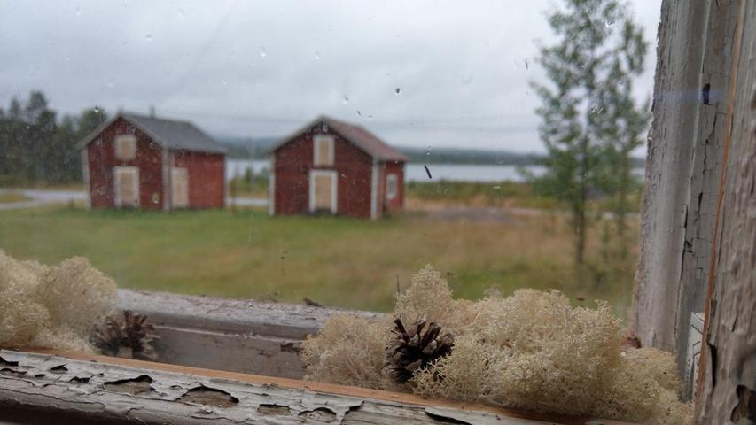 Bei Muonio, etwa 200 Kilometer nördlich des Polarkreises und im Pallas-Nationalpark gelegen, können Gäste die Reste einer alten Siedler-Gemeinde besuchen, in deren Häuser die Zeit stillgestanden zu sein scheint.