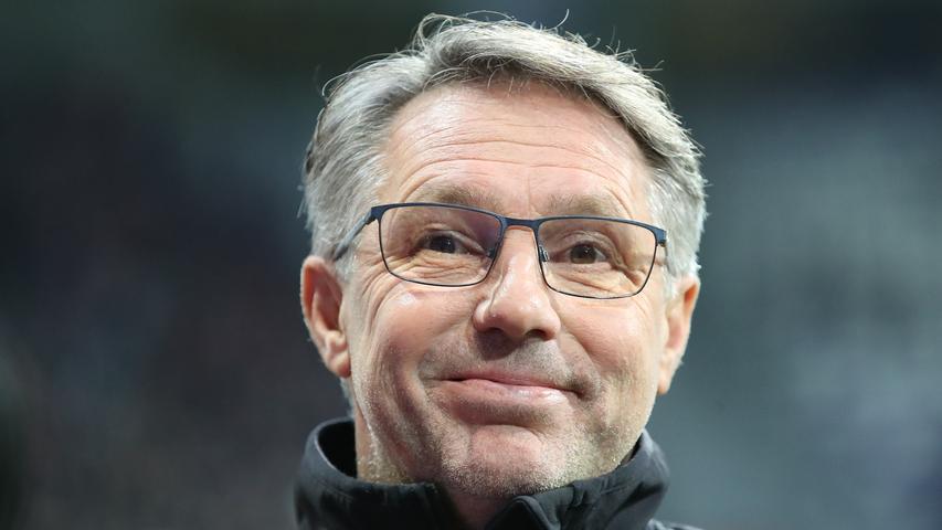 Club-Trainer Damir Canadi zeigt sich vor der Partie gewohnt entspannt und nicht minder fokussiert. Auch für den ein oder andere Schmunzler ist sich der Österreicher nicht zu schade.