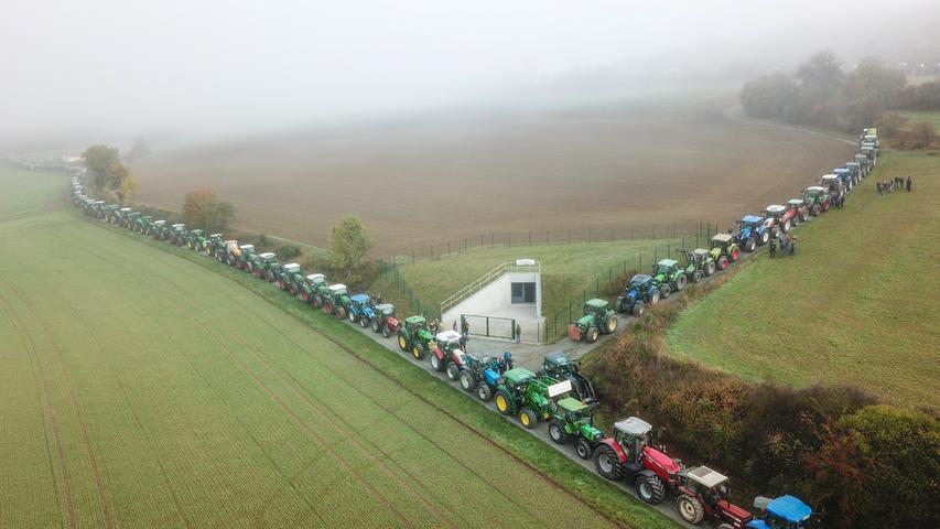 Bauern-Protest: Tausende Traktoren rollen durch Franken
