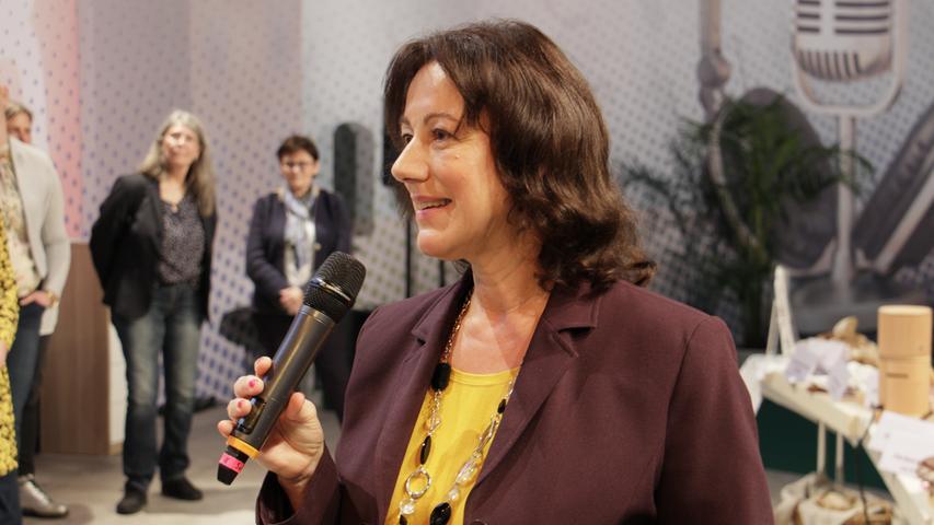 Moderatorin Syliva Kunert von Radio F führte durch den Wettbewerb.