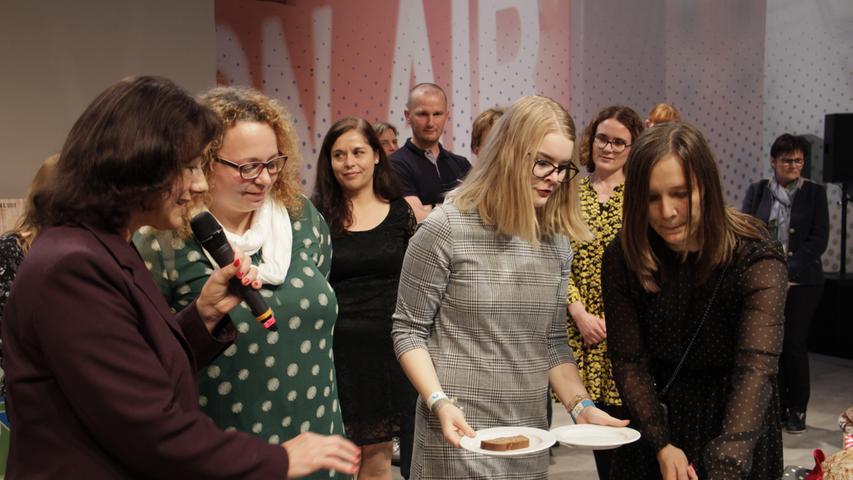 Zur Verkostung wurde der Jury jeweils ein Stück der verschiedenen Brote serviert.