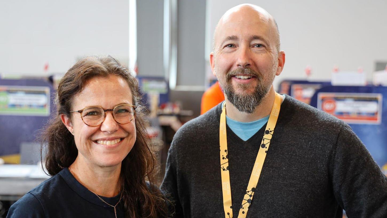 Ulrike Englert,  Lehrerin aus Neumarkt, gewinnt Europäischen Lehrerpreis, gemeinsam mit ihrem norwegischen Lehrerkollegen Gerald Decelles.