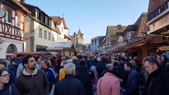 Martini-Kirchweih zog Massen an - Nordbayern.de