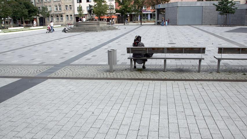 Der Aufseßplatz im Süden Nürnbergs wirkt kahl und kalt. Im Sommer stand dort zumindest zuletzt der