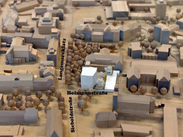 Auf dem Langemarckplatz will das Studentenwerk eine Kinderkrippe und ein Studentenwohnheim bauen.