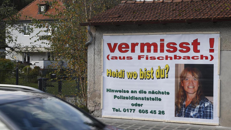 Die Stadtreklame veröffentlicht immer wieder Heidi-Plakate an Buswartehäuschen und anderen Plätzen in Fischbach. Auch ihre Familie gibt nicht auf. Sie pflegt seit sechs Jahren regelmäßig eine Internetseite, die der Vermissten gewidmet ist.