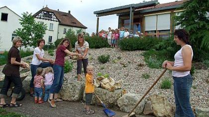 Unbekannte zerstörten Pflanzungen im Elberberger Kindergarten