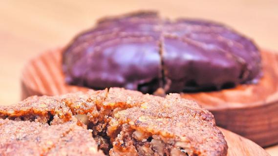 Sterne-Koch wagt sich an Lebkuchen mit fränkischen Nüssen