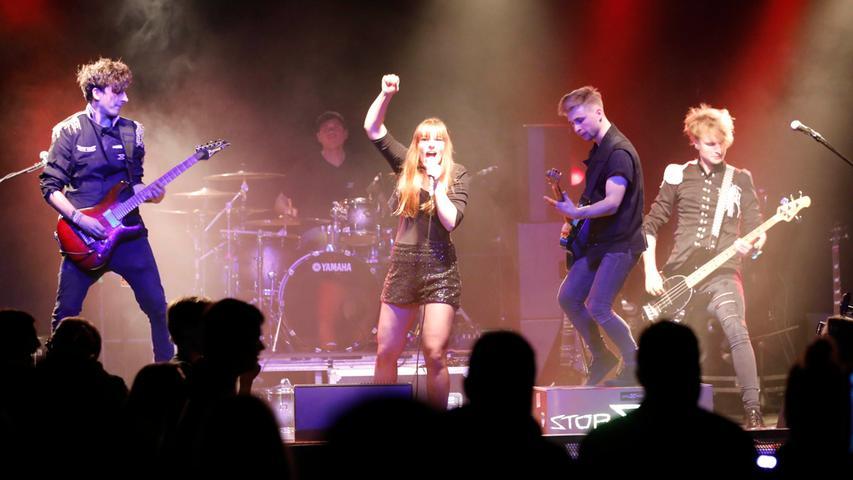 Nürnberg , am 23.11.2019..Ressort: Lokales Foto: Stefan Hippel ..Hirsch, NN Rockbühne Finale..Band Stop Inside