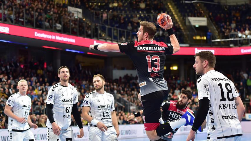 Heimspiel gegen Kiel: Erlangen schlägt sich gut im Handball-Kracher