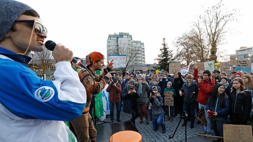 Mehr Klimaschutz! 3000 Menschen demonstrierten in Erlangen