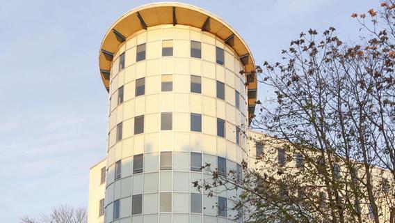 Neues Leben im Johannisturm: Stadt mietet Büroflächen