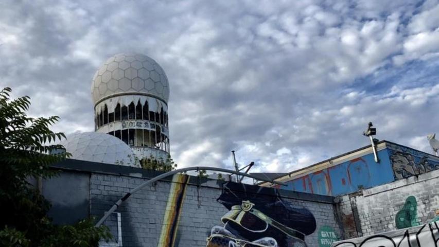 Der Teufelsberg in Berlin strahlt maroden Charme aus.  Mehrpersönliche Lieblingsorte von unserem Berlin-Korrespondent Harald Baumer.