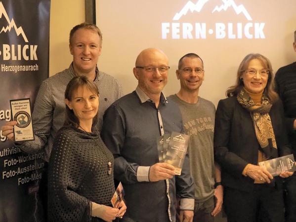 Vorfreude auf Fern.Blick (von links): Christian Kindler, Anja & Tino Holzbecher, Adrian Rohnfelder, Renate Schroff und Stefan Müller.