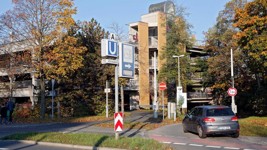 Röthenbach, der Endbahnhof der Linie U2, wurde von 26.400 Fahrgästen pro Werktag genutzt.