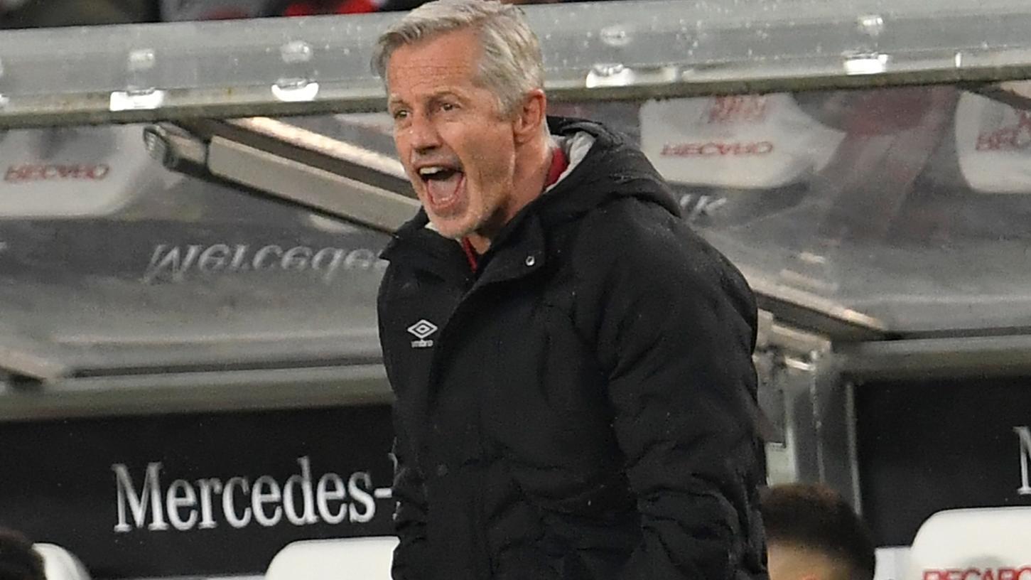 Die Kommunikation seiner Mannschaft auf dem Platz passt Jens Keller noch nicht, mit dem Teamgeist ist er aber zufrieden.