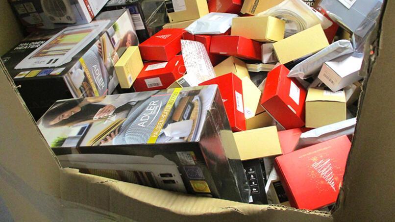 Diese Waren wurden geschreddert, behauptet Greepeace, das sich bei seiner Recherche auf interne Amazon-Dokumente stützt.