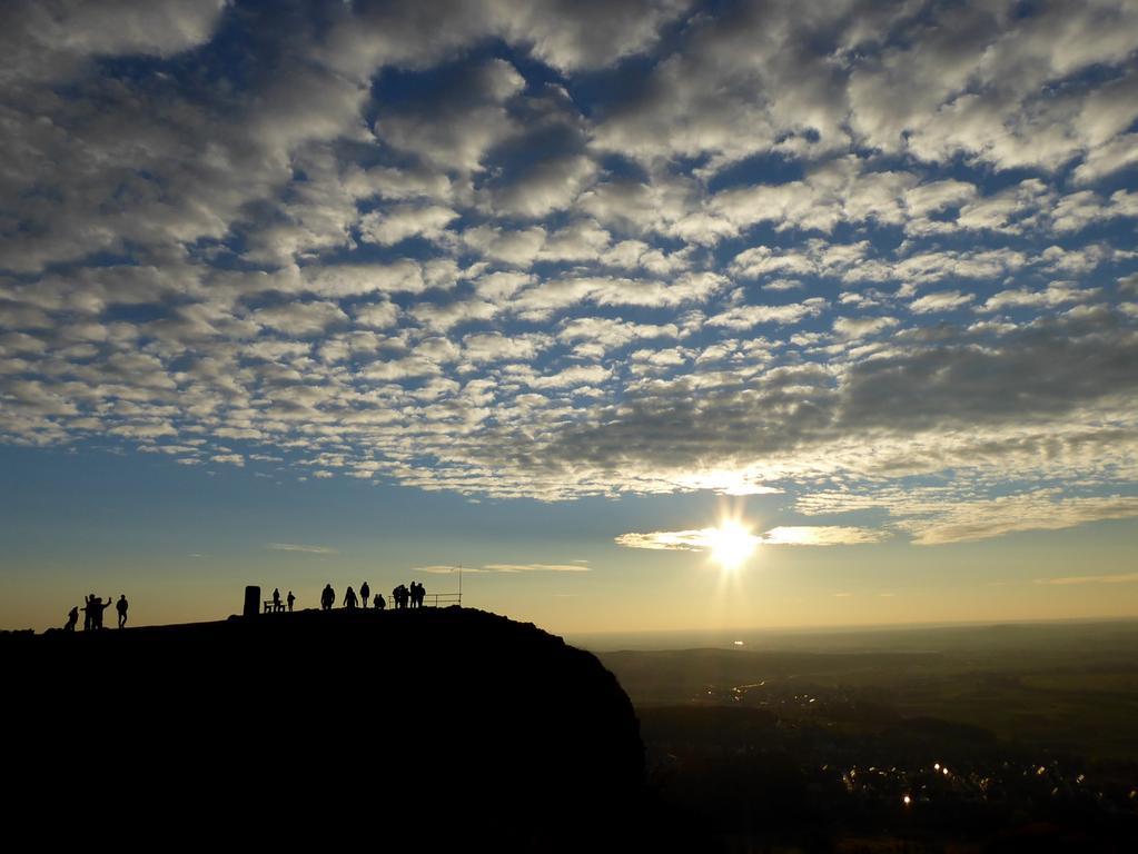 Wolkenspektakel am Walberla  Fotos: Norbert Haselbauer  Datum: 18.11.2018