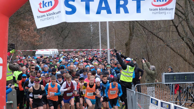 Beim Nürnberger Silvesterlauf sind vom Laufanfänger, über Breiten- und Gesundheitssportler bis hin zu den Laufprofis alle vertreten.