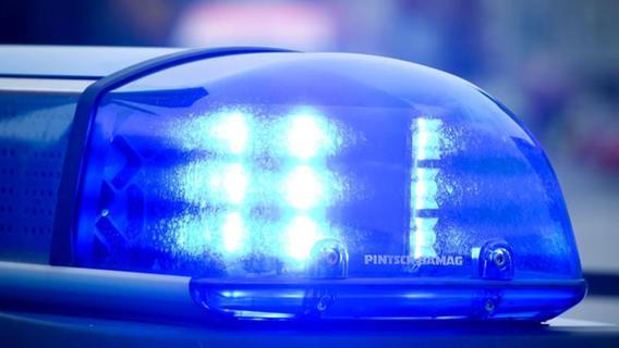 Bei Burgthann: Autofahrerin erfasst Siebenjährigen