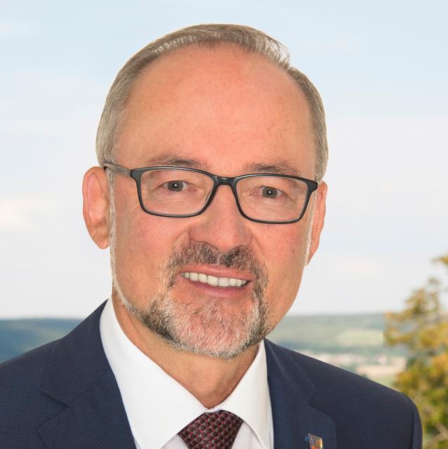 Bürgermeister Werner Baum (SPD) bewirbt sich in Treuchtlingen für die Wiederwahl.