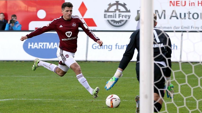 In München ausgebildet, in Nürnberg den Sprung in den Profifußball geschafft. Die Rede ist von Offensiv-Ösi Alessandro Schöpf, der zwischen 2014 und 2016 anderthalb Jahre das Club-Trikot trug, ehe ihn der FC Schalke in die Bundesliga lockte.
