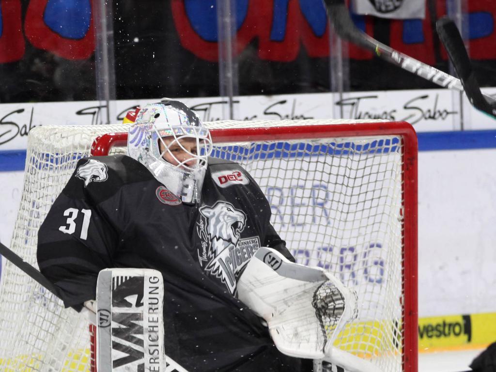 Fotograf:    Roland Fengler Datum: 05.01.2020 Ressort:   Sport   Motiv:   IceTigers - ERC Ingolstadt  --- Niklas Treutle (31) ---  Sport  IceTigers Ice Tigers  DEL  Eishockey