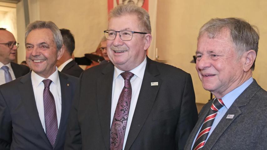 Letztmals als aktive Politiker waren Landrat Gerhard Wägemann (Mitte) und seine beiden Stellvertreter Robert Westphal (links) und Peter Krauß (rechts) dabei.